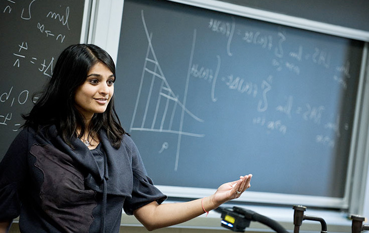 Professor Mili Shah presenting to a class